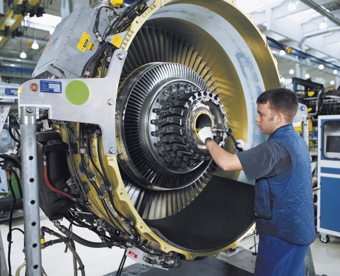 CFM56-7 engine