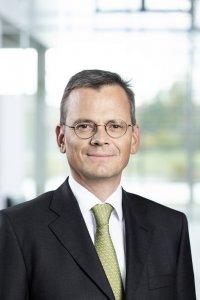 new-CFO-Dominik-Asam
